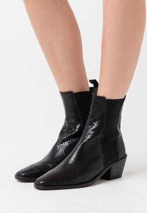 BELLONE - Cowboy/biker ankle boot - noir