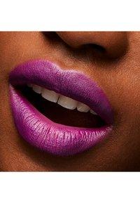 MAC - MATTE LIPSTICK - Lipstick - heroine - 1