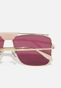 Alexander McQueen - UNISEX - Sunglasses - gold-coloured/violet - 2