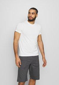 Houdini - BIG UP TEE - T-shirt basic - powderday white - 0