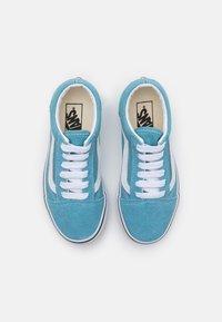 Vans - OLD SKOOL UNISEX - Trainers - delphinium blue/true white - 3