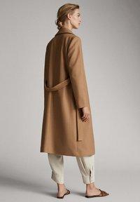Massimo Dutti - Classic coat - brown - 2