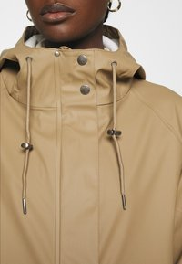 Modström - LAURYN JACKET - Impermeable - canyon clay - 5