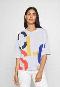 CLOSED - WOMEN´S - Print T-shirt - white - 0