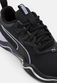 Puma - ZONE XT - Scarpe da fitness - black/light lavender/silver - 5