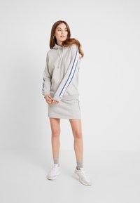 Calvin Klein Jeans - MONOGRAM TAPE HOODIE - Hoodie - light grey heather - 1