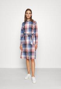 Barbour - TERN CHECK DRESS - Sukienka koszulowa - oyster pink - 0