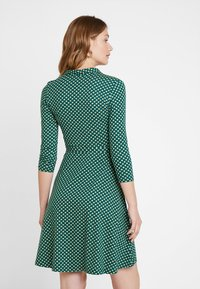 King Louie - EMMY DRESS SAFFRON EXCLUSIV - Skjortekjole - green - 2