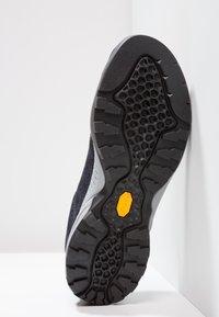 Scarpa - MOJITO  - Chaussures de marche - blue denim - 4