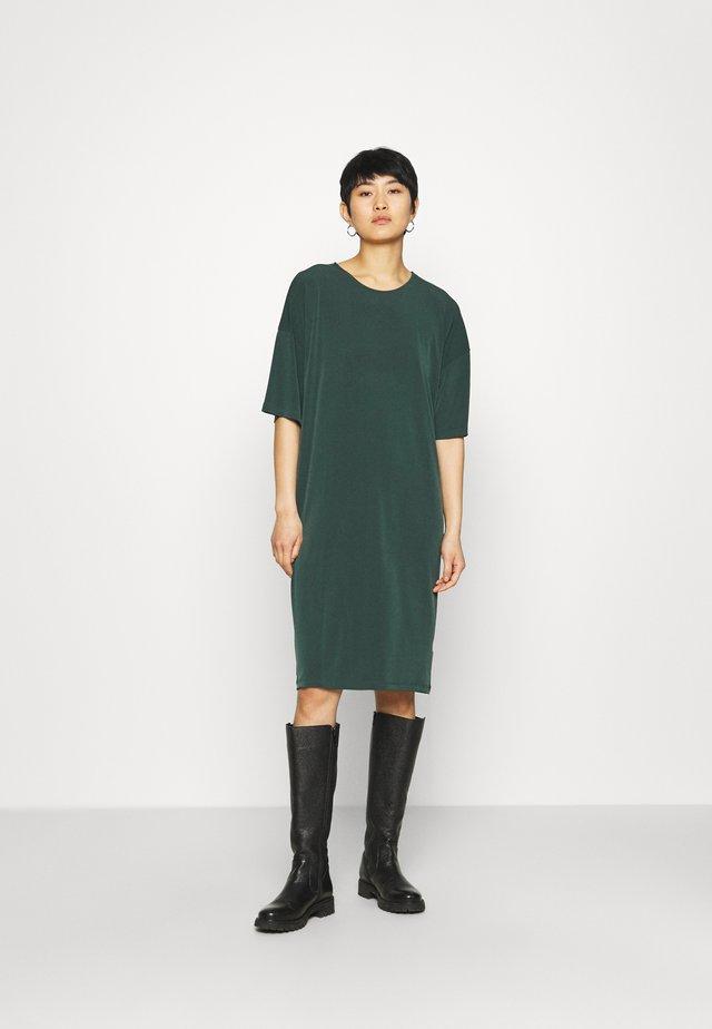DRESS JENNA - Sukienka z dżerseju - dark green