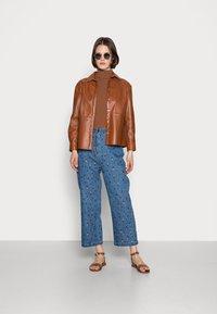Stella Nova - ZEA - Relaxed fit jeans - wild cherry - 1