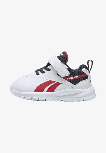 RUSH RUNNER 3.0 CORE - Zapatillas de running neutras - white