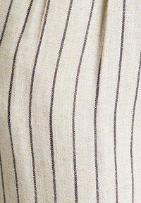 Esprit - PLEATED PANTS - Trousers - sand - 7
