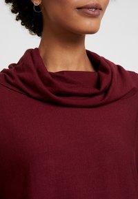 s.Oliver - Stickad tröja - bordeaux - 5