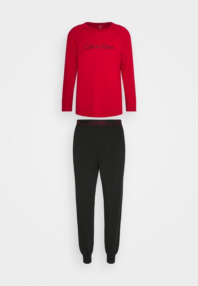 Pyjama - red