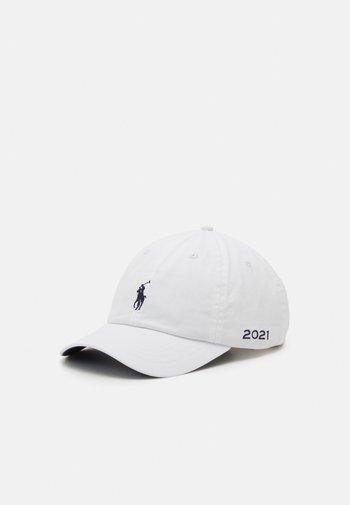 NEW BOND UNISEX - Cap - white/newport navy