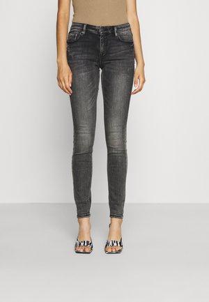 VMLYDIA SKINNY  - Jeans Skinny Fit - medium grey denim
