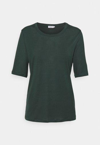 ELENA TEE - Basic T-shirt - green