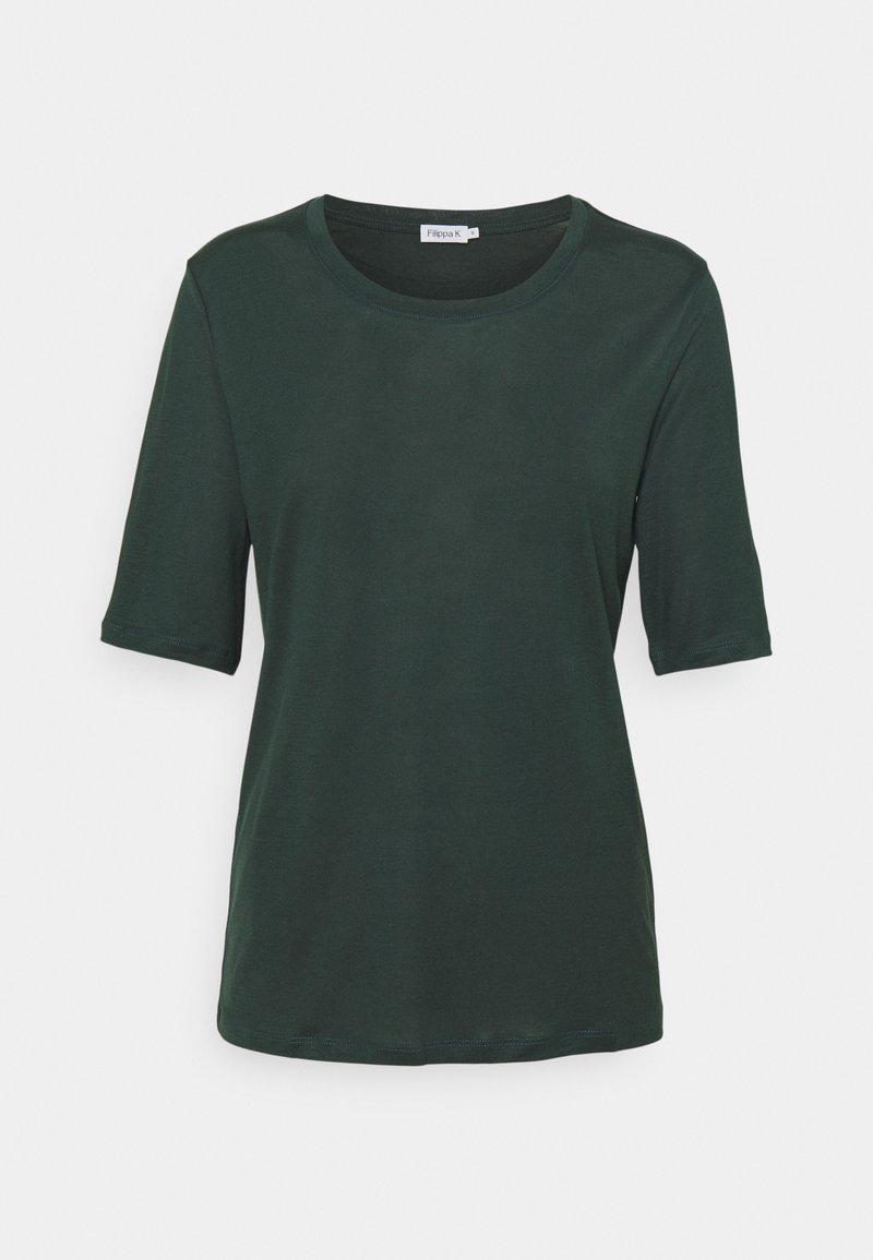 Filippa K - ELENA TEE - Jednoduché triko - green