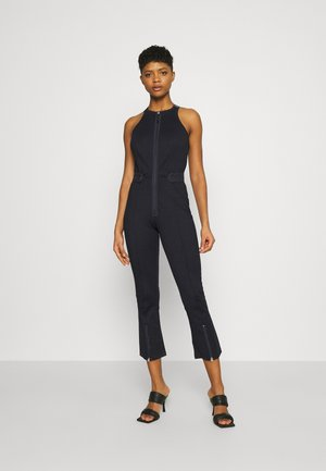 SLIM FIT DUNGAREE JUMPSUIT - Jumpsuit - rinsed