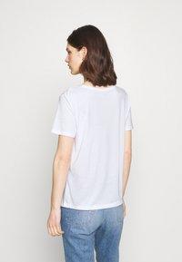 Marks & Spencer London - CREW  - Camiseta básica - white - 3