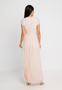 Lace & Beads - PICASSO CAP SLEEVE - Occasion wear - nude belle - 3