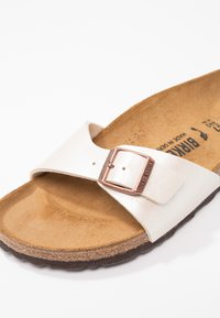Birkenstock - MADRID - Ciabattine - graceful pearl white - 2