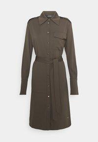Mos Mosh - RORY LIPA DRESS - Sukienka koszulowa - chocolate chip - 0