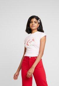 NEW girl ORDER - ZADDY CHRISTMAS - T-shirt med print - pink - 0