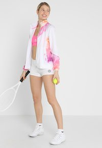 BIDI BADU - KIERA TECH - Sports shorts - white - 1