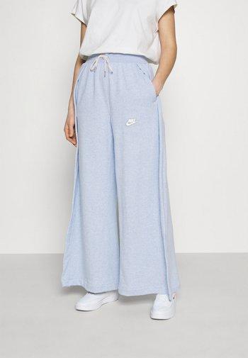 PANT EARTH - Pantalon de survêtement - armory blue/heather/white