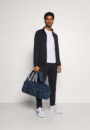 ESSENTIALS 3 STRIPES SPORT DUFFEL BAG UNISEX - Sportväska - crew navy/black
