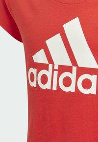 adidas Performance - ADIDAS ESSENTIALS T-SHIRT - Print T-shirt - red - 2