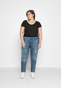 Zizzi - SANNA SHAPE - Jeans Skinny Fit - light blue denim - 1