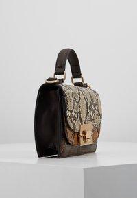 Dorothy Perkins - TOP HANDLE DOUBLE FLAP CROSSBODY SNAKE - Handbag - brown - 3