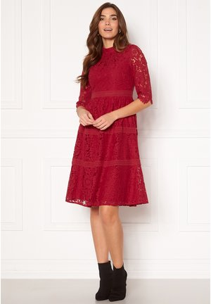 MADISON LACE - Cocktail dress / Party dress - red