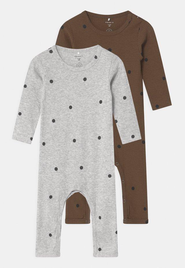 NBMDANIEN 2 PACK - Pyjamaser - desert palm/grey