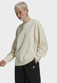 adidas Originals - Sweatshirt - beige - 2