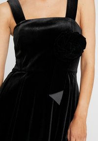Apart - DRESS - Robe de soirée - black - 7