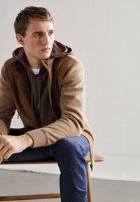 Massimo Dutti - Leather jacket - beige - 4