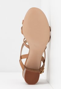 Anna Field - LEATHER SANDALS - Sandals - cognac - 6