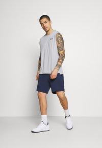 Nike Sportswear - Shorts - midnight navy/black - 1