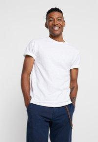 Topman - SKIN SLUB  - T-shirts - white - 0
