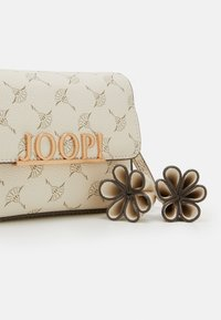JOOP! - CORTINA UMA SHOULDERBAG - Across body bag - offwhite - 3