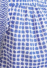 Emily van den Bergh - T-shirts print - azur/white - 2