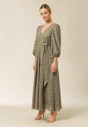 Vestido largo - frosty sage