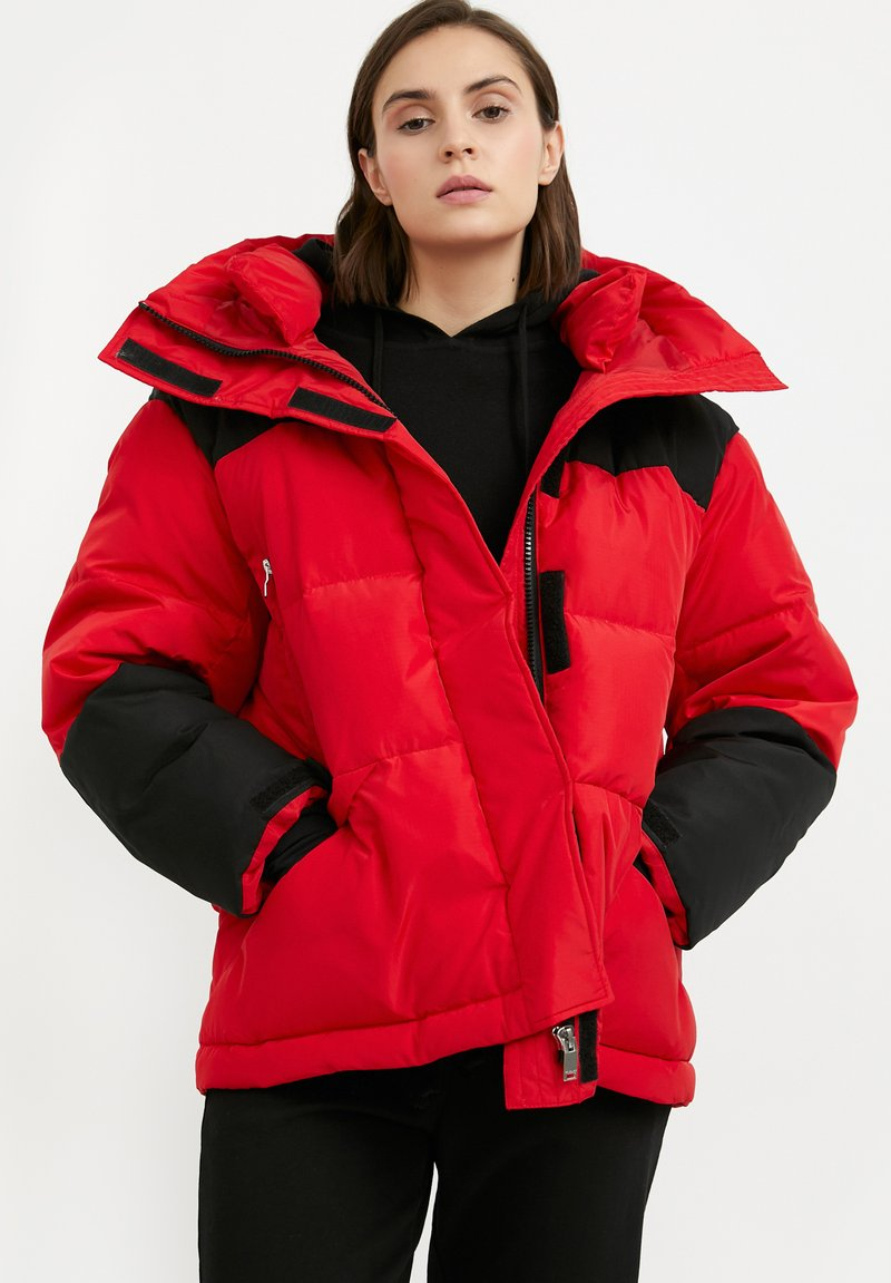 Finn Flare - Down jacket - red