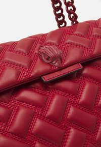 Kurt Geiger London - KENSINGTON BAG DRENCH - Kabelka - red