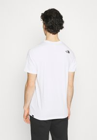 The North Face - STANDARD TEE - Printtipaita - white - 2