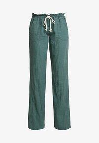 Roxy - OCEANSIDE PANT - Trousers - duck green - 3